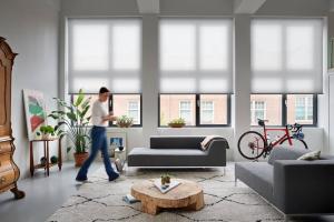 Raamdecoratie woonkamer inspiratie